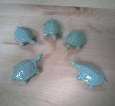 Ceramic_turtles_cropped